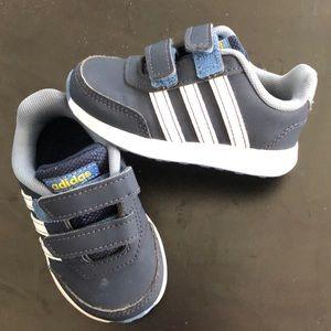 Baby boy Adidas Velcro Sneakers